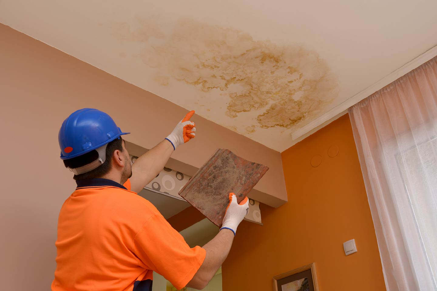 Water Stains On Your Ceiling Common